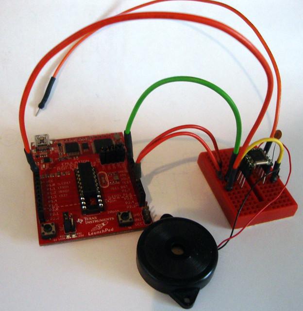 MSP430 Launchpad and TEA5767 FM radio module