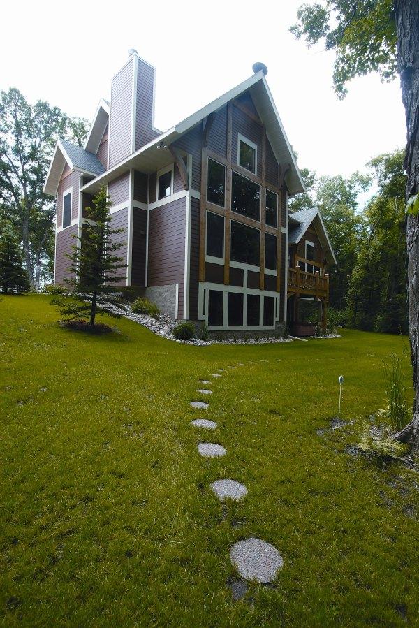 Exterior Timber Frame Homes - Blue Ox
