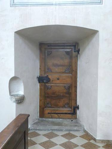 pasqua 2012 - interno chiesa - santa maria - ora - bolzano