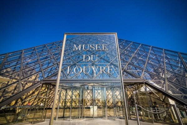 Mus Du Louvre - Sharing
