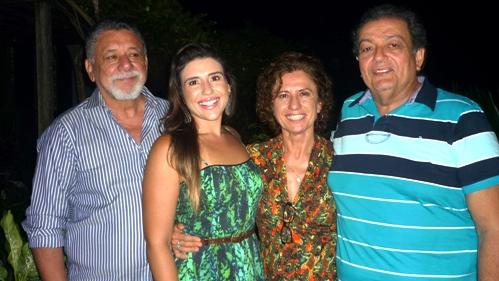 Darivaldo Coimbra, Renata Dantas Almeida com o casal Darenice e Renato Dantas