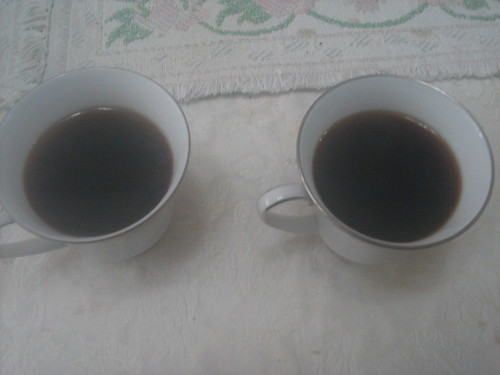 syphon咖啡倒入溫熱杯中1