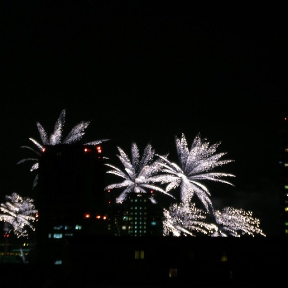 120804_fireworks09