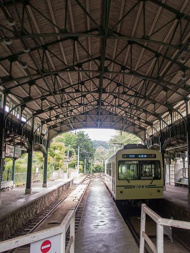 八瀬比叡山口駅のデオ700