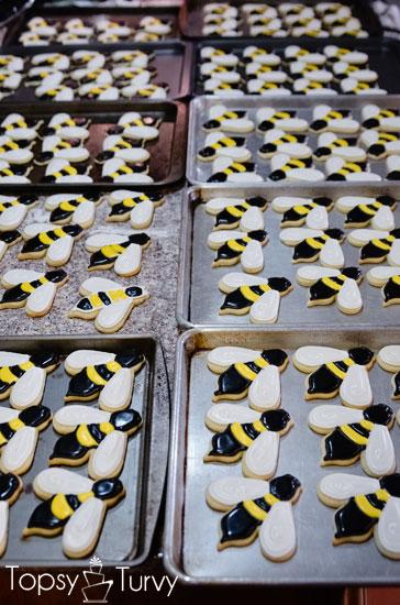 bee-sugar-cookies-120