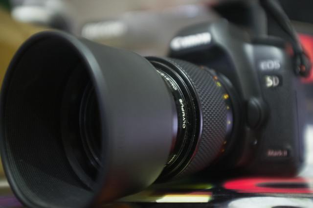 Canon 5D2 + OM-EF adaptor + Macro OM90/2