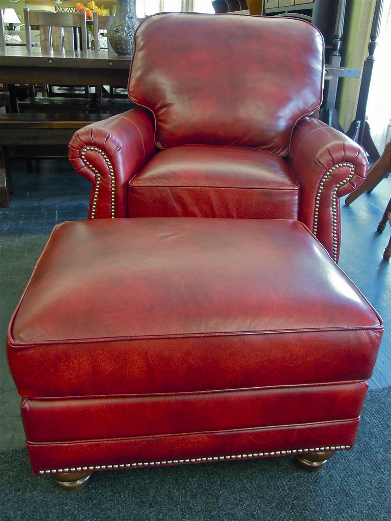 Tilt Back Chair Smith Brothers Leather Tilt Back Chair This Chair Is Stunn Flickr