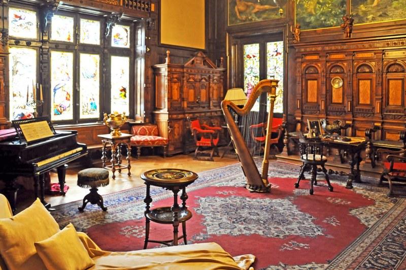 Romania-1592 - Music Room