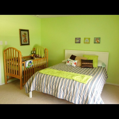 """Home tour... The baby/toddler room, bedroom 3 """"the green room""""..."""