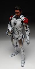 HT 1-6 Iron Man Mark IV (Hot Toys) Custom Paint Job by Zed22 (2)