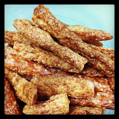 Thai deep fried pork rind