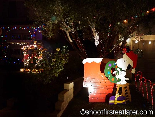 Houses with Christmas Lighting in California-1