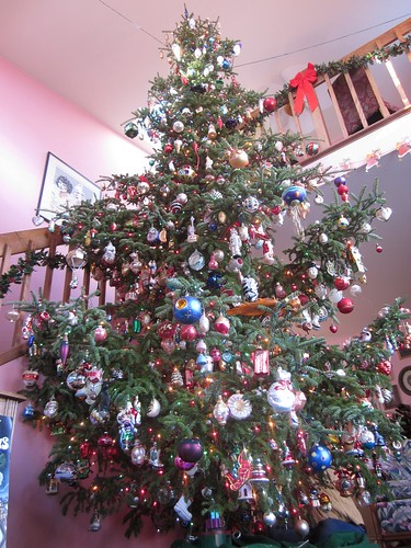 Mom and Dad's Christmas Tree: 2011