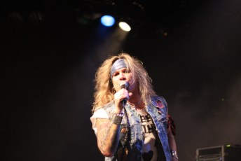 Steel Panther Commodore T1i-9095