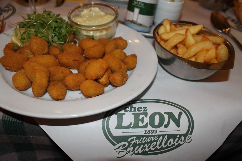 Mejillones rebozados en Chez Léon