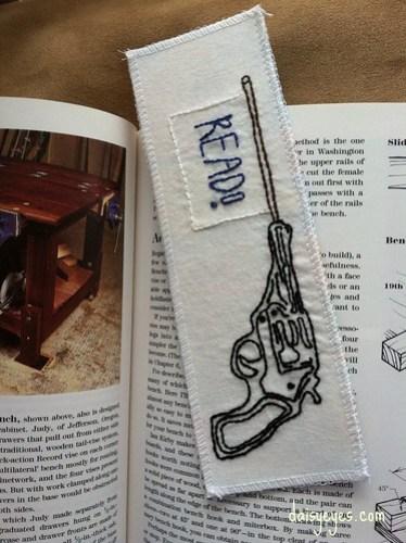 read! bookmark
