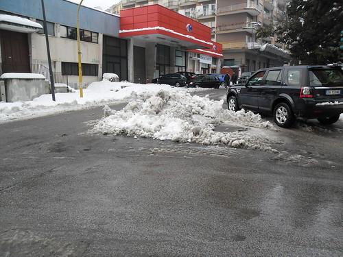 Spartitraffico di neve