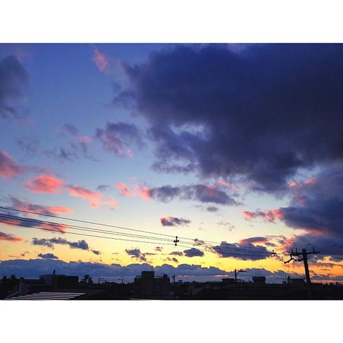 1月2日の夕暮れです。明日は、初詣にいこっ!ლ(^ε^ლ) #iphonography #instagram #iphone4s