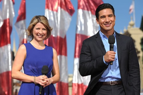 MARIO LOPEZ AND SAMANTHA BROWN STAR IN DISNEY PARKS CHRISTMAS DAY PARADE TV SPECIAL