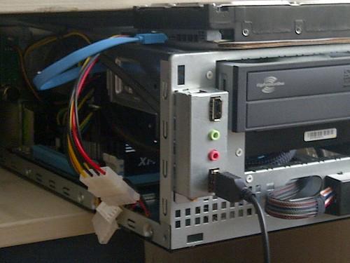 —Trinity: The Build - Built-in SD Card Reader & 3 Port USB Hub Mod for the CustoMac Mini 2011 (4/6)