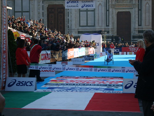 "Foto ""Firenze Marathon 2011- Alex Zanardi"" by unpodimondo - flickr"