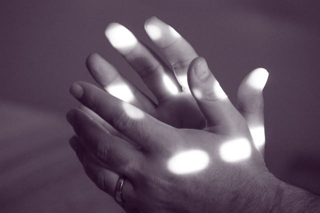 praying with the light