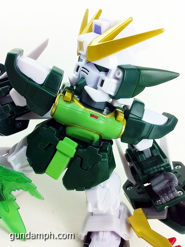 SD Gundam Online Capsule Fighter ALTRON Toy Figure Unboxing Review (32)