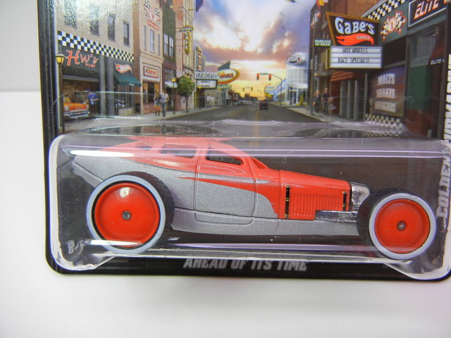 hot wheels boulevard golden submarine (2)