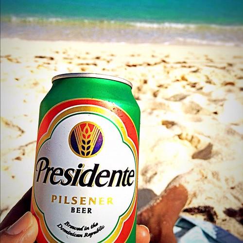 El #presidente por mi gente.... #caribbean #islands #stt #virginislands #vacation #ocean #beer