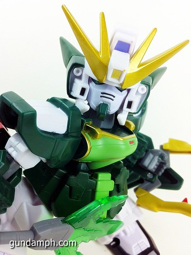SD Gundam Online Capsule Fighter ALTRON Toy Figure Unboxing Review (30)