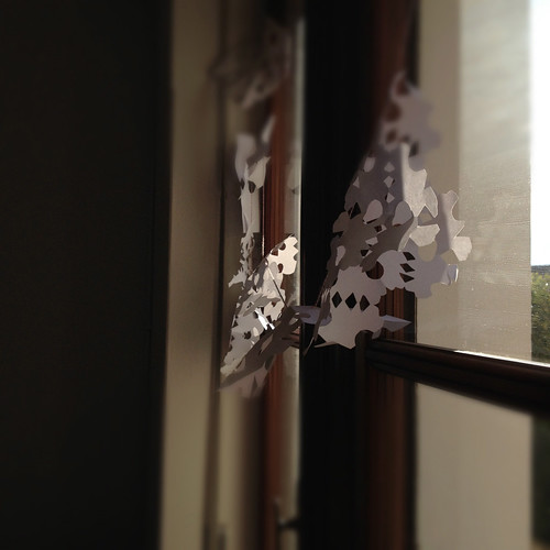 Snow flake garland