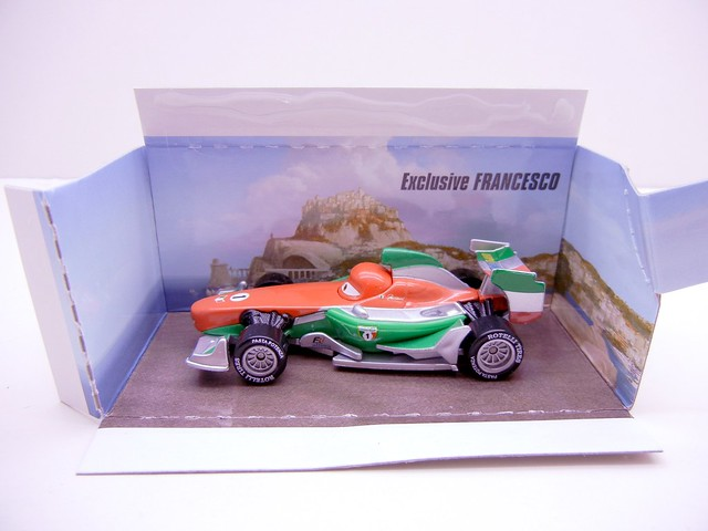 DISNEY CARS 2 COLLECT AND CONNECT PUZZLE #4 PORTO CORSA FRANCESCO EXCLUSIVE (2)