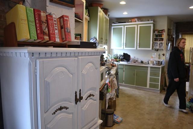 New kitchen... armoire