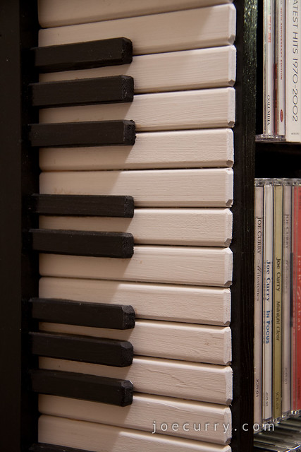 Piano Keys CD stand