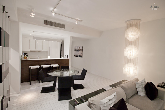 Kitchen and Dining Area in the Oasis Suite