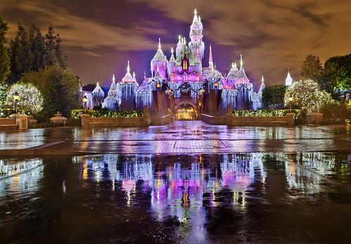 Sleeping Beauty Castle - Christmas at Disneyland!
