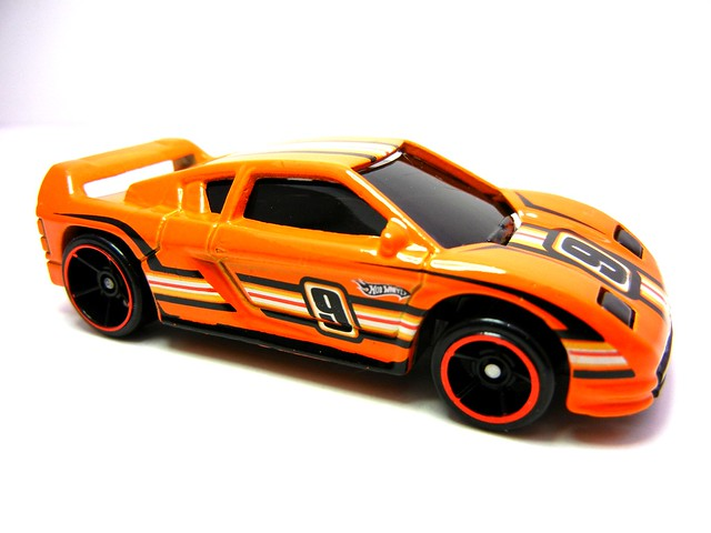 HOT WHEELS HAPPY BIRTHDAY ZENDER FACT 4 (2)