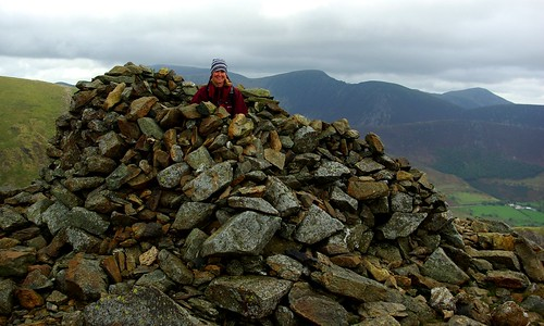 20110923-17_Shelter Cairn on Hindscarth by gary.hadden