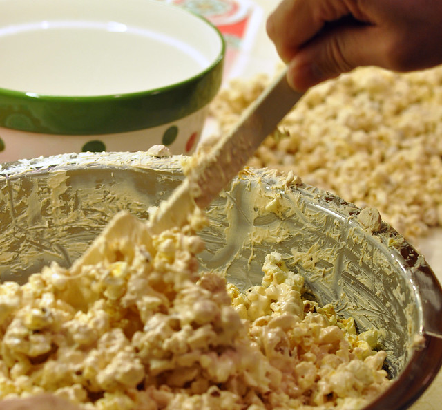 peanut butter popcorn (8)