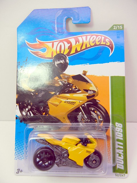 HOT WHEELS TREASURE HUNT DUCATI 1098