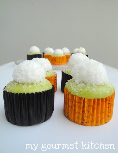 pandan cupcake with topping cream & desiccated coconut