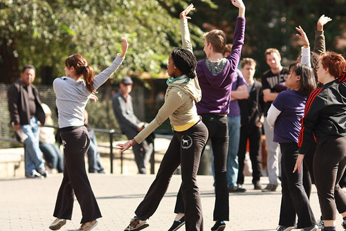 Improvised contemporary dance in Union Square by Monaz D