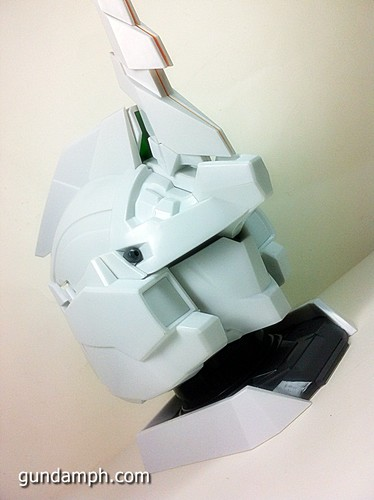 Banpresto Gundam Unicorn Head Display  Unboxing  Review (47)