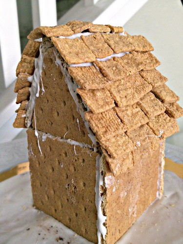 Art Of Dessert Graham Cracker Gingerbread House With Marshmallow