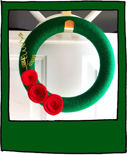 polaroid wreath