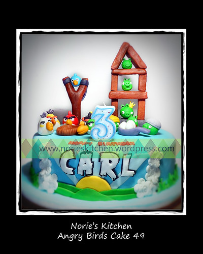 Norie's Kitchen - Angry Birds Cake 49 by Norie's Kitchen