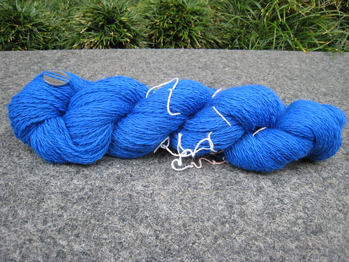 2011_04_16_Spinning_blue-wool-2-ply