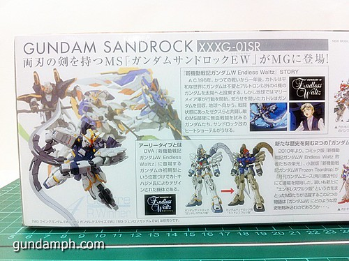 MG 1 100 Sandrock EW Out Of The Box Build Review (5)