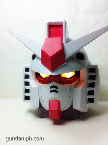 BIG RX-78-2 Gundam Head Coin Bank 30th Anniversary Edition 7-11 (24)