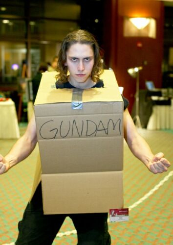 Gundam Cardboard Cosplayer Gets A Figure Of His Own (2)